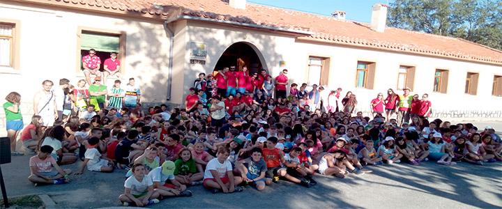 ALBERGUE GRANJA ESCUELA SEGOVIA www.puertadelcampo CAMPAMENTOS VERANO